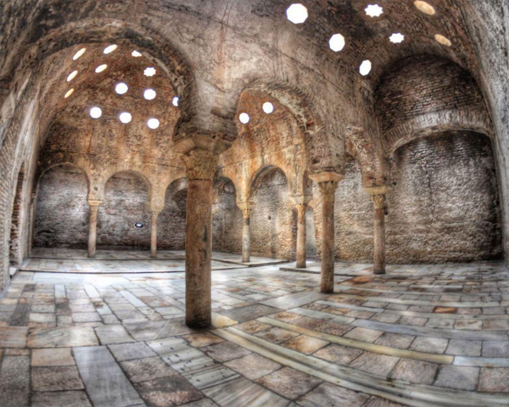 El Bañuelo Son Unos Baños árabes Del Siglo XI, También Conocidos Como  Hammām (baño) Alu2013Yawzā (Baños Del Nogal O De Los Axares), Los Más Antiguos  De España Y ...